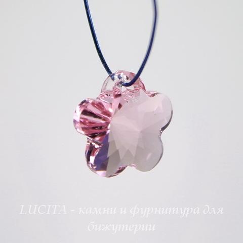6744 Подвеска Сваровски Цветочек Light Rose (12 мм)