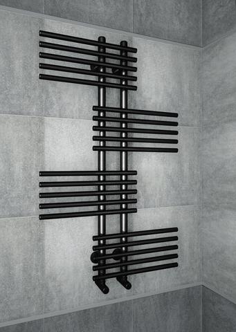 Europa Black - черный дизайн-полотенцесушитель