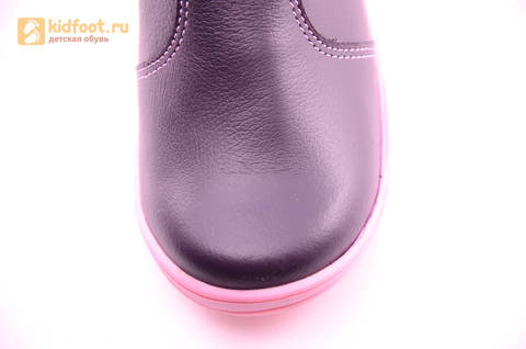 Сапоги для девочек из натуральной кожи на байковой подкладке Лель (LEL), цвет черника. Изображение 10 из 17.