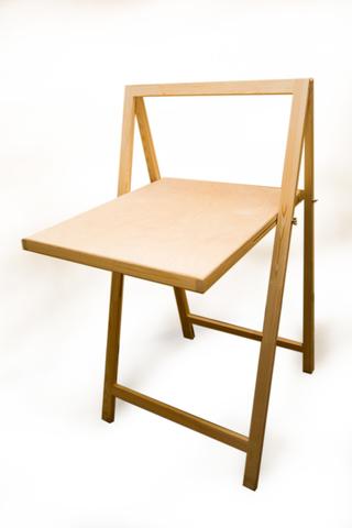 Натюрмортный столик Малевичъ