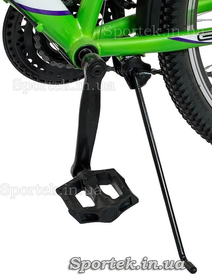 Подножка и педаль городского женского подросткового велосипеда Формула Галло