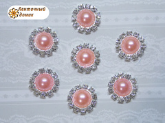 Полужемчуг в стразовом обрамлении розово-персиковый