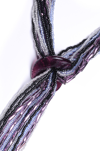 Бисерный галстук из 18 нитей черно-фиолетовый