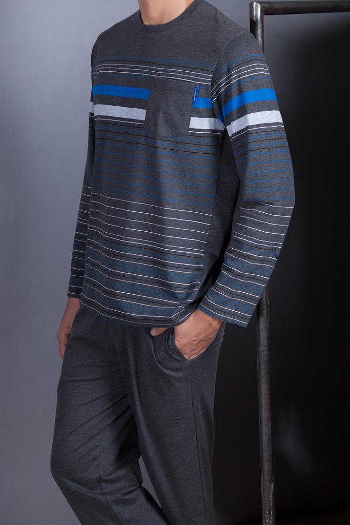 Трикотажный костюм в полоску Antonio Miro