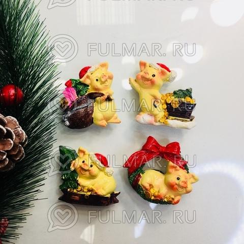 Магнит «Новогодние Хрюшки на ёлке» набор 4 штуки