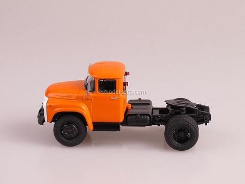 ZIL-130V1 Tractor unit orange 1:43 AutoHistory