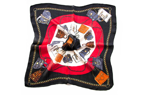 Итальянский платок из шелка черный с рисунком 0101