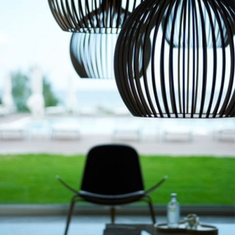 Extreem replica of Octo 4240 lamp, white by Secto– buy in online shop @RW45