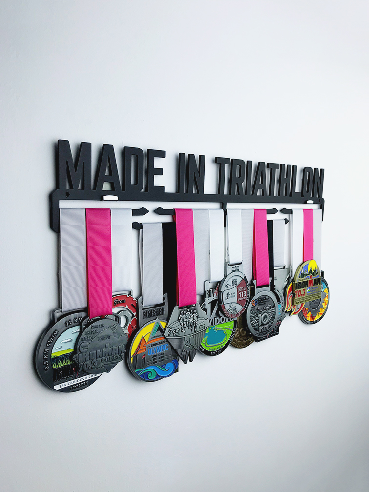 Медальница Made in triathlon (черный)