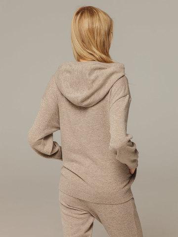 Женский джемпер песочного цвета с капюшоном из шерсти и кашемира - фото 3