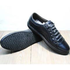 Кроссовки с черной подошвой мужские демисезонные Novelty 5235 Black
