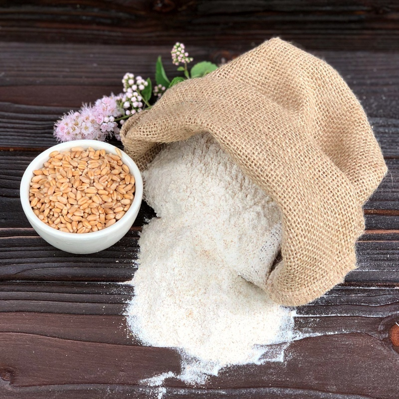 Фотография Мука пшеничная цельносмолотая 1,5 кг купить в магазине Афлора