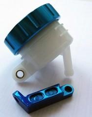 Тормозной бачок для мотоцикла универсальный Синий