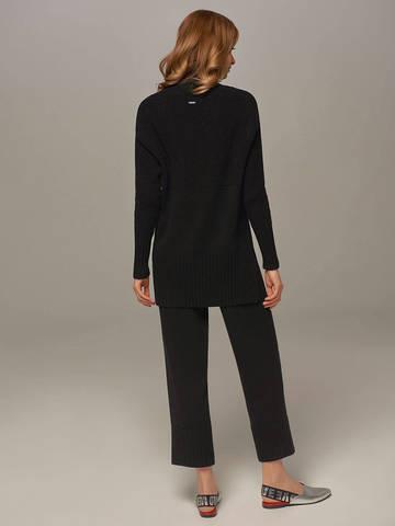 Женский свитер черного цвета с высоким горлом из шерсти и кашемира - фото 3
