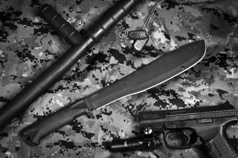 Охотничий нож Кайман Черный Эластрон