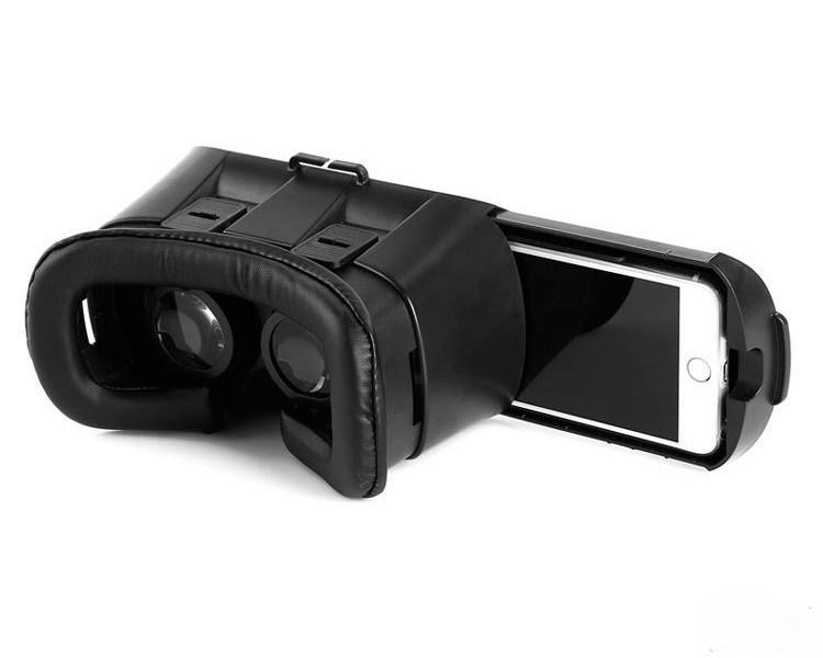 Очки виртуальной реальности соотносятся со смартфотоном