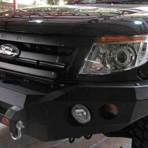 Установка переднего силового бампера Ford Ranger