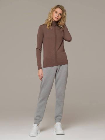 Женский джемпер коричневого цвета из шерсти и шелка - фото 4