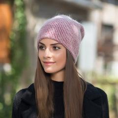 Зимняя пуховая шапка из кролика (розовая)