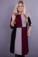 Жюли. Красивое женское платье для дам с пышными формами. Бордо.