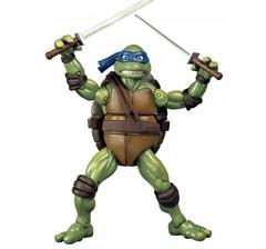 TMNT Фигурка классическая Черепашки-ниндзя Леонардо, 15 см (по фильму 1990г) (91088)