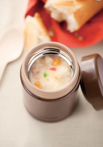 Термос детский для еды Tiger MCA-A (0,25 литра), коричневый