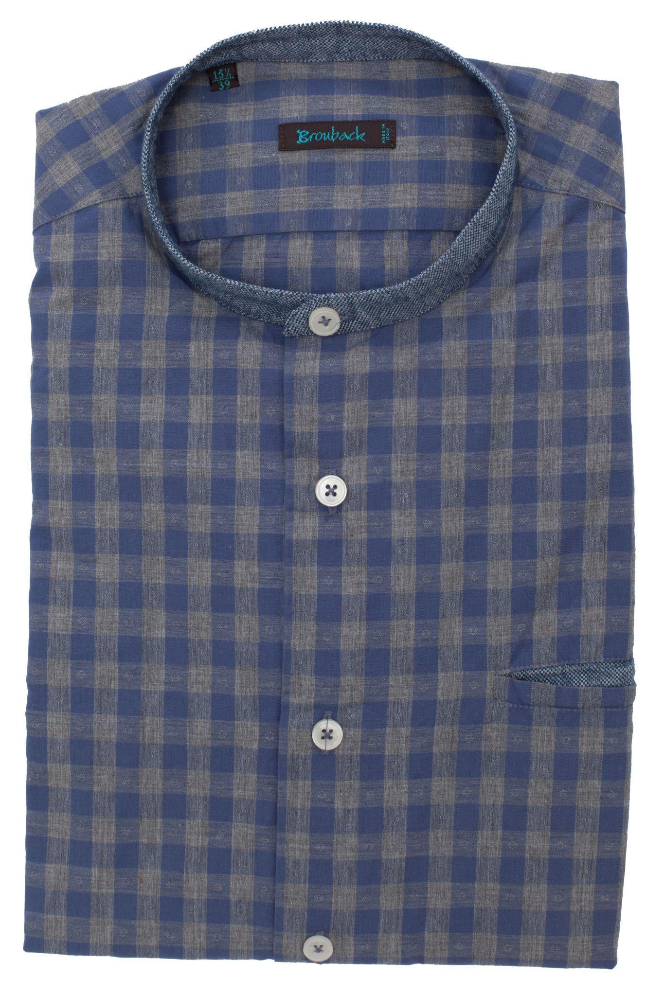 Синяя рубашка в серую клетку с воротником-стойкой