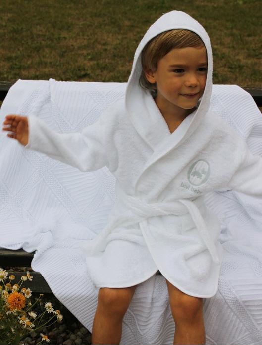 Халаты Халат детский 3-4 года Bovi Собачки белый-бежевый halat-detskiy-bovi-sobachki-portugaliya.jpg