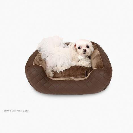 лежанка для маленькой собачки