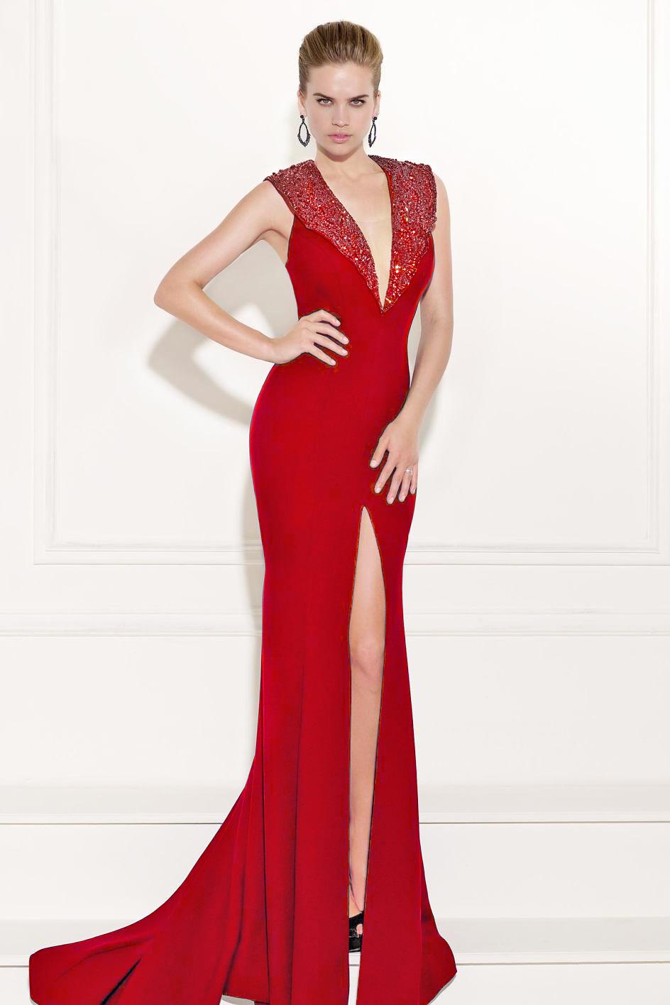 Tarik Ediz 92509 вечернее платье с разрезом на ноге, длинное, лиф украшен камнями в тон платья,цвет:красный