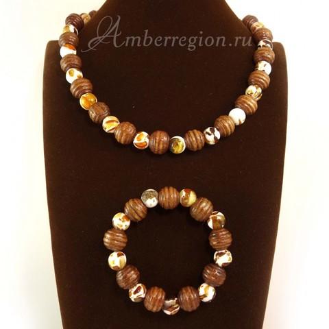 Комплект из янтарных мозаичных шаров (бусы и браслет)