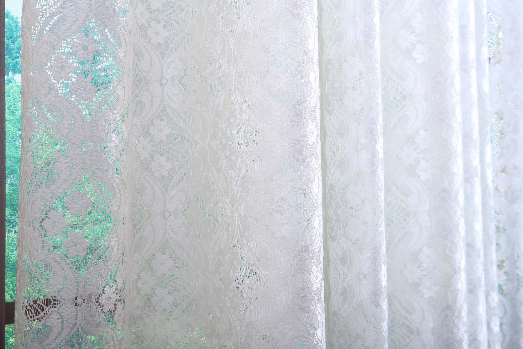 Гипюр со стеклярусами. Велена-2 (крем)