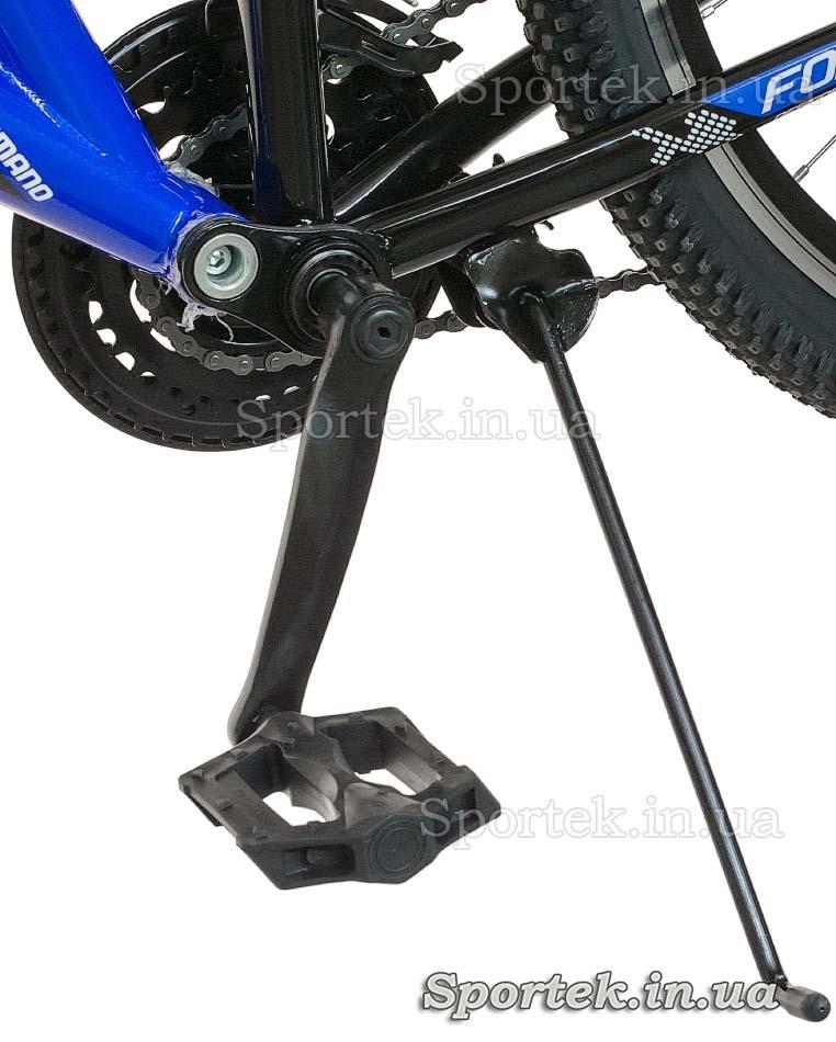 Подножка и педаль горного универсального подросткового велосипеда Formula Stark 2015 (Формула Старк)