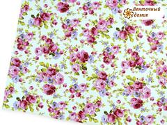 Кожа с розово-сиреневыми цветами