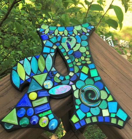 Буква из пенопласта обклеенные мозаикой