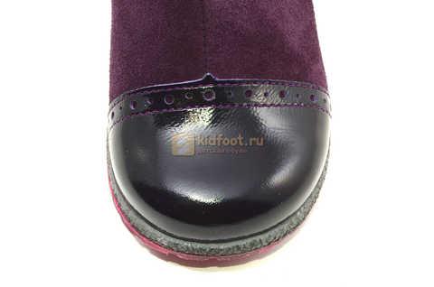Демисезонные полусапожки Лель (LEL) из натуральной кожи на байке для девочек, цвет фиолетовый. Изображение 13 из 15.