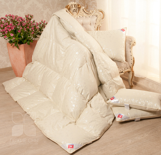 Одеяла и Подушки Одеяло Камелия Пух 1 категории Стандартное бежевое одеяло_камелия.jpg