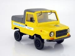 LUAZ-2403 Aeroflot tractor luggage carts 1:43 ALF