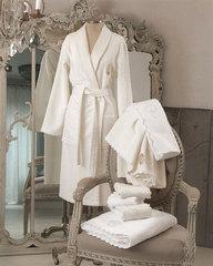 Элитный халат женский махровый Anjelica белый от Blumarine