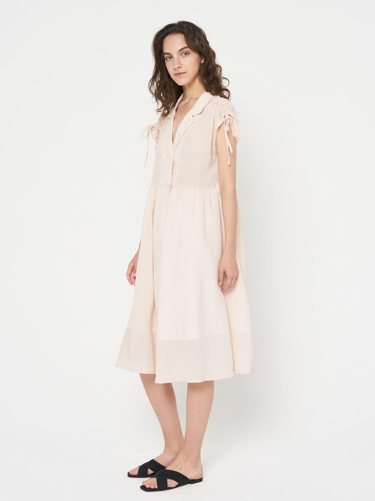 Платье с завязками на плечах
