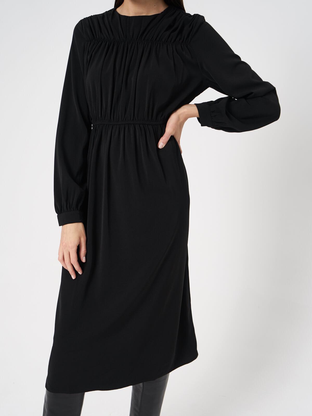 Платье с прострочками