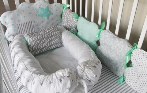 Комплект в кроватку Звезды в кармашках, на 3 стороны кроватки