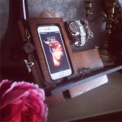 Подставка для телефона и аксессуаров