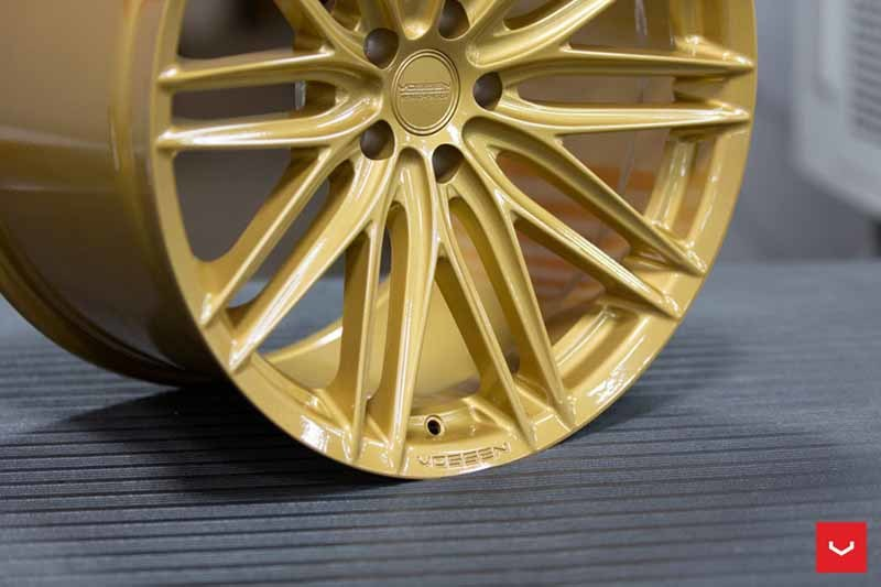 Vossen VFS4 (Hybrid Forged Series)