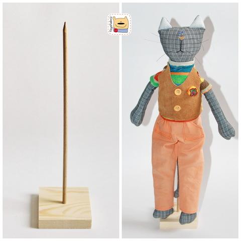 Подставка для кукол из дерева