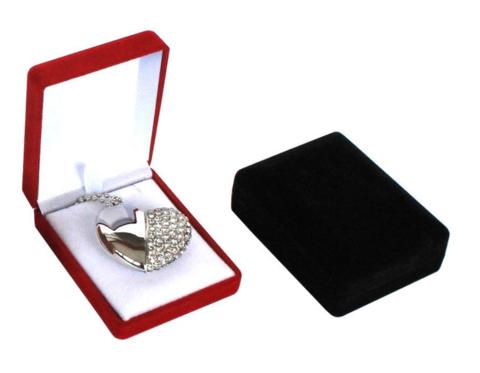 Бархатная коробочка для упаковки