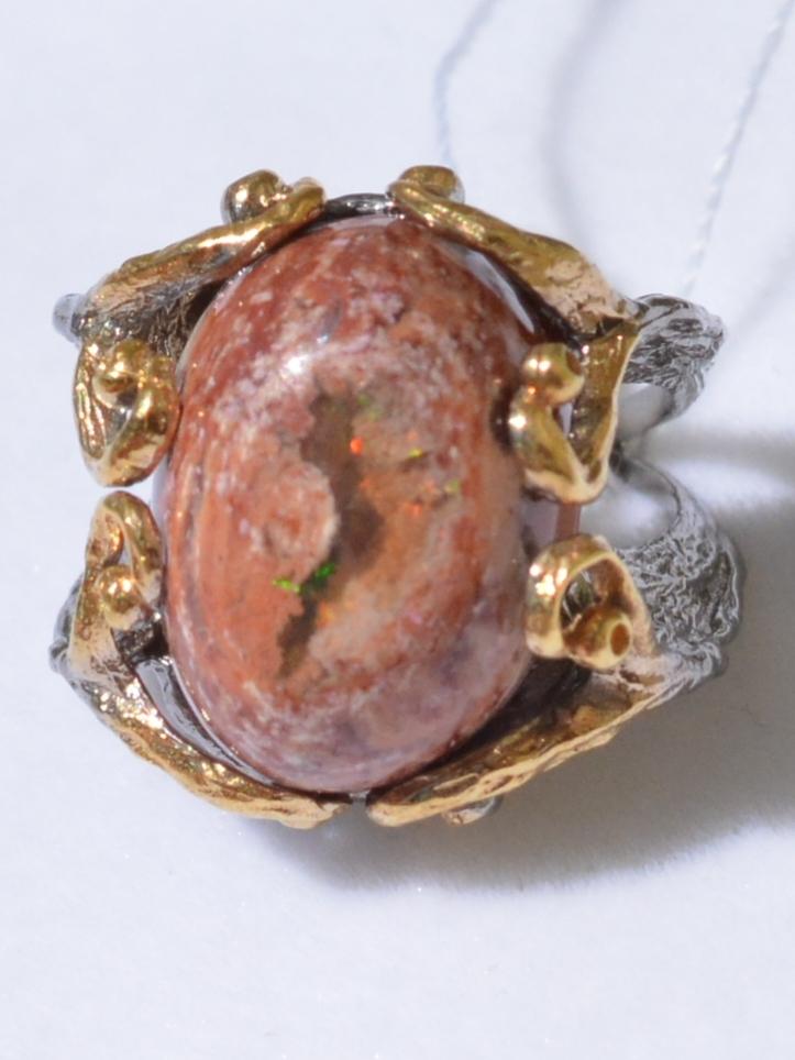 Затея-опал (серебряное кольцо с позолотой)