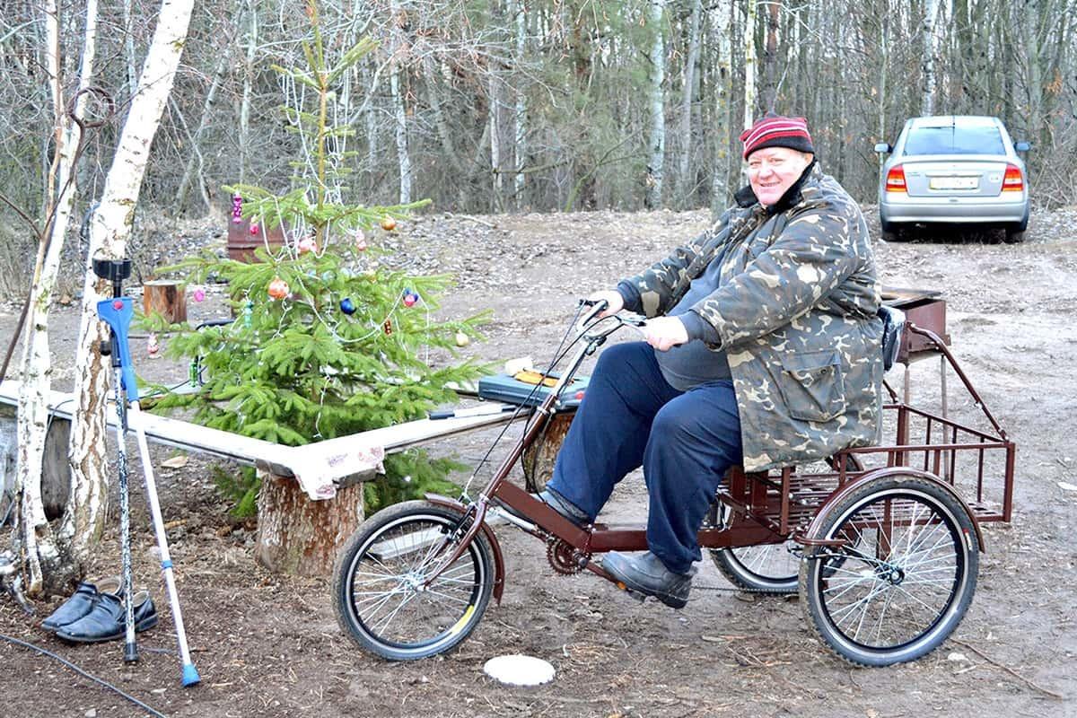 Велосипедист весом более 150 кг на велосипеде 'Атлет большой'