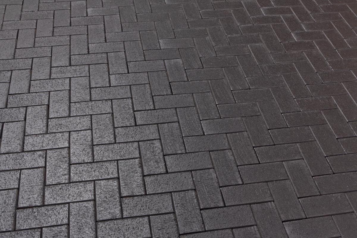 Feldhaus Klinker - P609DF, Umbra ferrum, антрацитовый с фиолетовым нагаром, с оттенками, 240x118x52 - Клинкерная тротуарная брусчатка