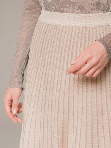 Женская юбка-миди бежевого цвета - фото 4